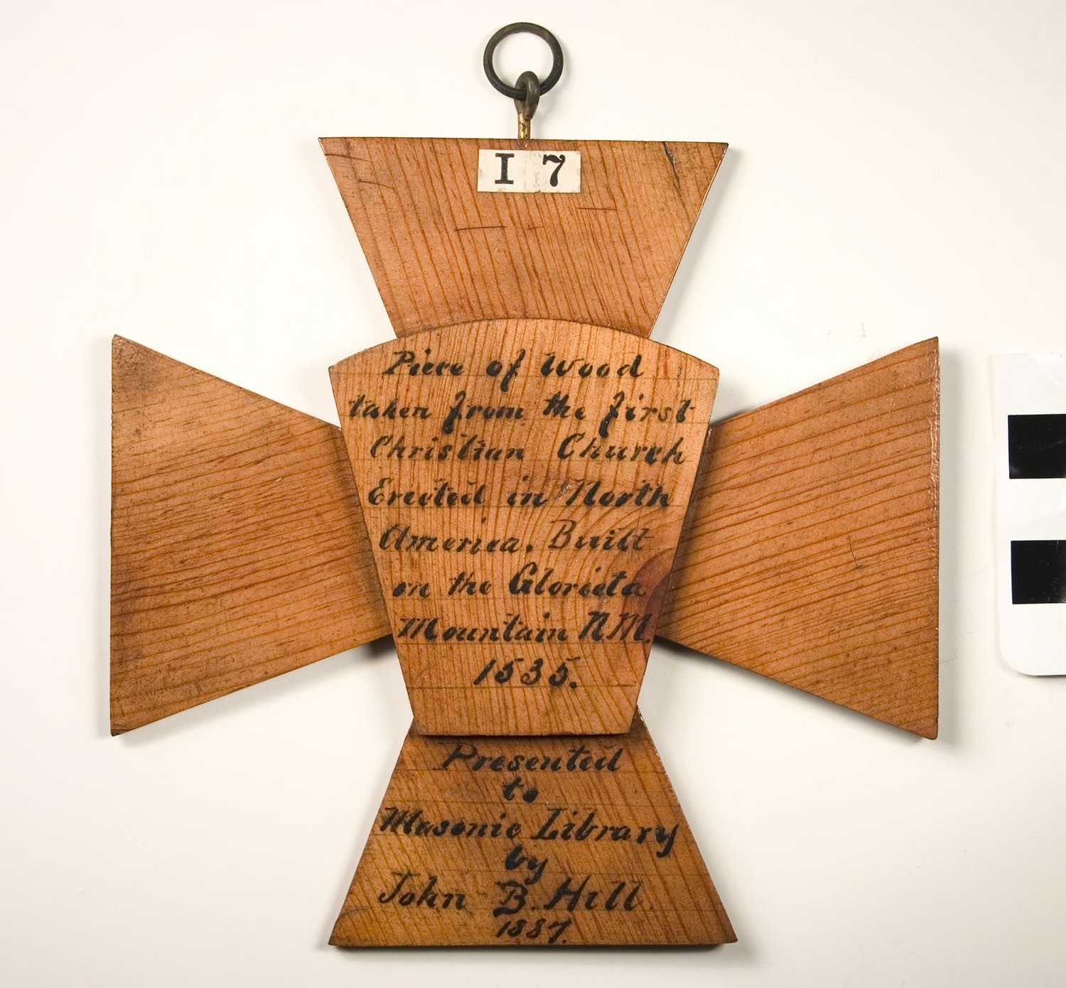 H52-26; Plaque, Templar Cross and Royal Arch Keystone, wood relics